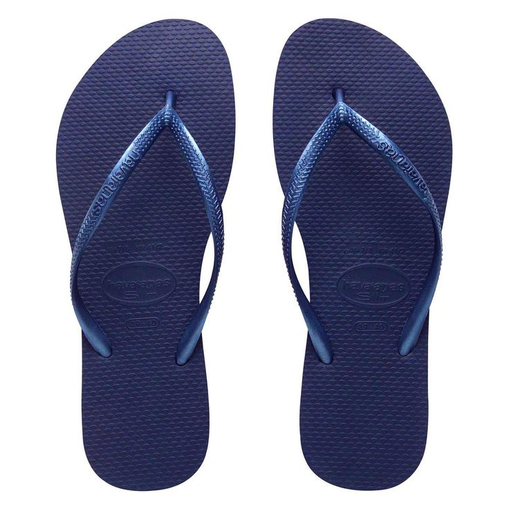 Colour yourself happy in Slim Metallic brights! Brazilian rubber slim  Havaianas in deep navy blue with metallic straps.