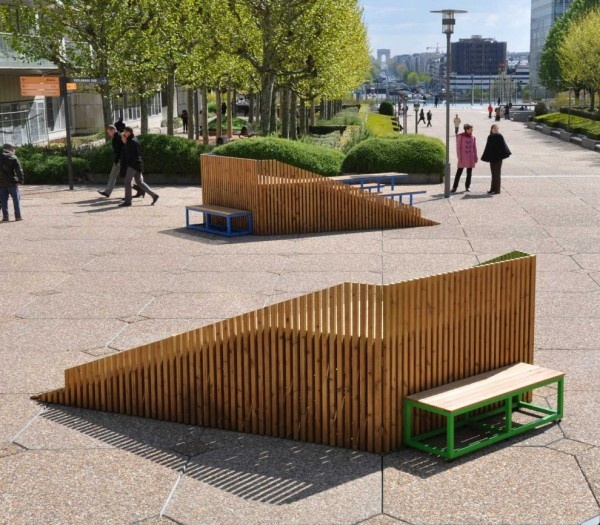 Building Of The Day: Nifty Pop-Up Street Furniture Perfect For Picnics