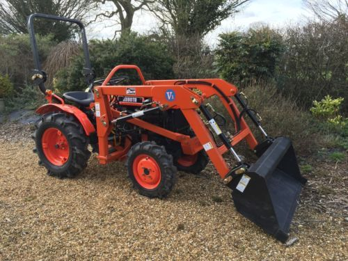 Kubota compact #tractor with front #loader new #condition,  View more on the LINK: 	http://www.zeppy.io/product/gb/2/252348725554/
