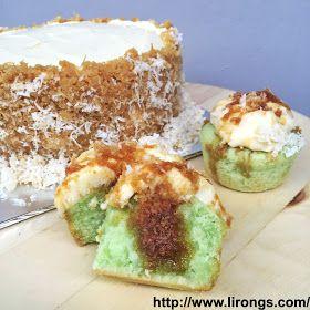 Lirong | A singapore food and lifestyle blog: Recipe: Pandan Gula Melaka Cake // Ondeh Ondeh Cupcakes