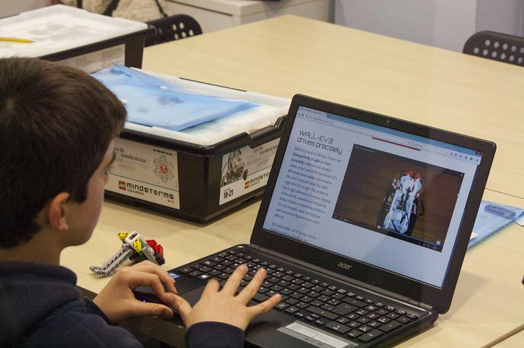 Nuestras clases están adaptadas según edades y los grupos son reducidos. #roboticaeducativa #robotica #educación #legoeducation #education #educacionbarceloa #educaciobarcelona www.edukative.es