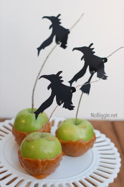 Describe your pin: Halloween Witches, Candy Apples, Apples Bites, Party Idea, Apples Recipe, Halloween Treats, Free Printables, Halloween Party, Caramel Apples