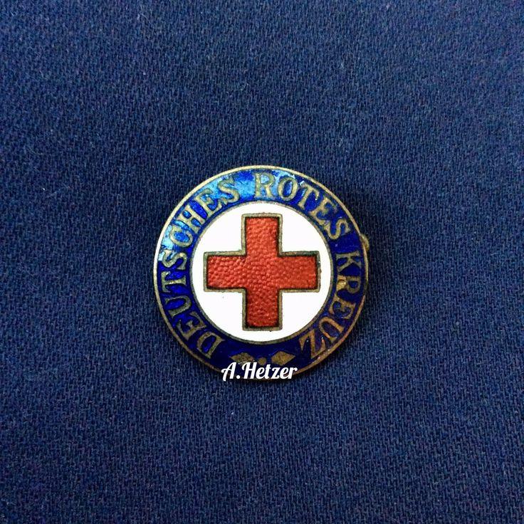 #BRD Deutsches Rotes Kreuz membership badge, #1960s #фалеристика #faleristics #drk #helferin #schwesternschaft