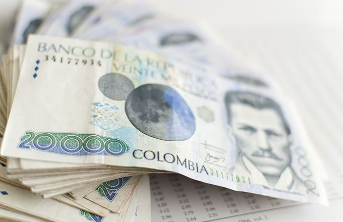Fundamental News  •    Dollar retreats from peaks, euro boosted by Fillon win. •    Greenback retreats as Treasury yields dip, China banks seen selling dollars. •    European Monetary Union M3 Money Supply (3m) down to 4.8% in October from previous 5%. •    Italy Business Confidence: 102 (November) vs previous 103.