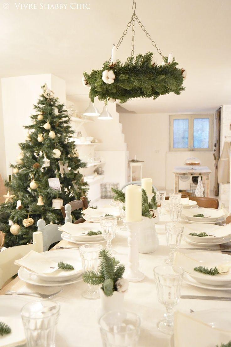 Oltre 25 fantastiche idee su lampadario di natale su - Decorazioni shabby natalizie ...