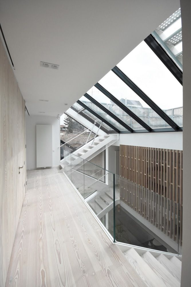 Gallery of Single family House - Tolstoi str. / Outline Architecture Office - 33