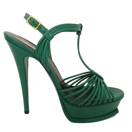 Preciosas sandalias de tacón #SaintLaurent en color esmeralda: http://bit.ly/1IZKrvi #moda #calzados #tendencias