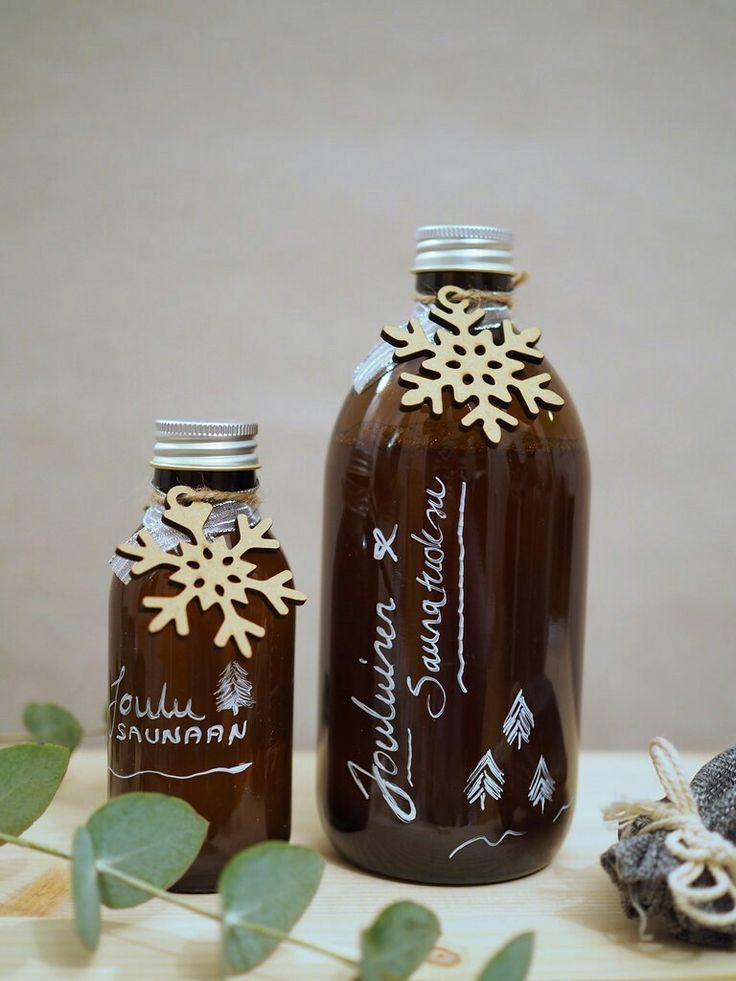 Itse tehty saunatuoksu joulusaunaan   1,25 litraa vettä  25g glögimausteseosta  kanelitanko  1 tl kuivattua inkivääriä  Joulu sauna tuoksu lahja muistaminen tuliainen purkki pullo