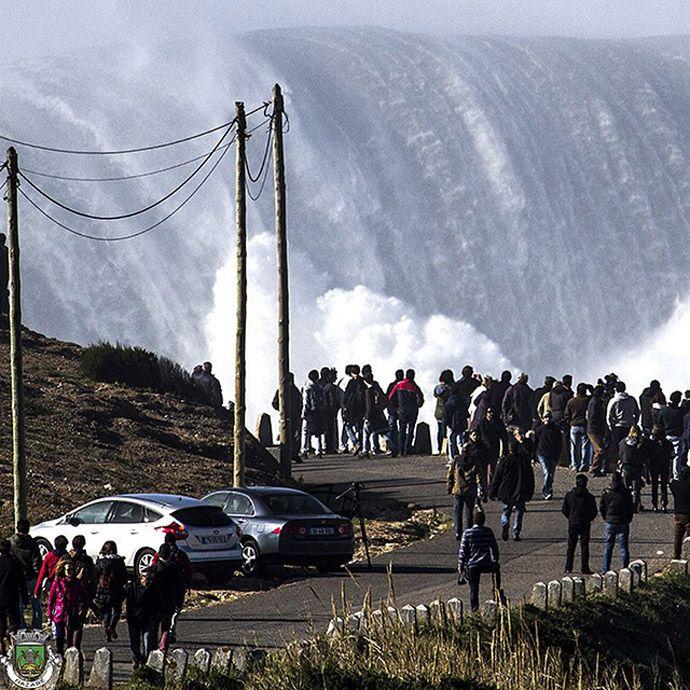 Garrett McNamara mostra fotos de ondas impressionantes em Nazaré #globoesporte
