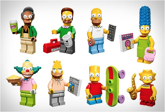 Lego New Bright Pink Tile 2 x 2 with Simpsons Smiling Male Character Photograph