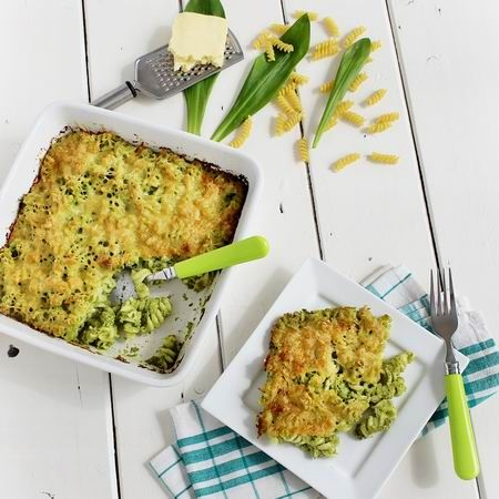 Egy finom Medvehagymás-sajtos tészta ebédre vagy vacsorára? Medvehagymás-sajtos tészta Receptek a Mindmegette.hu Recept gyűjteményében!