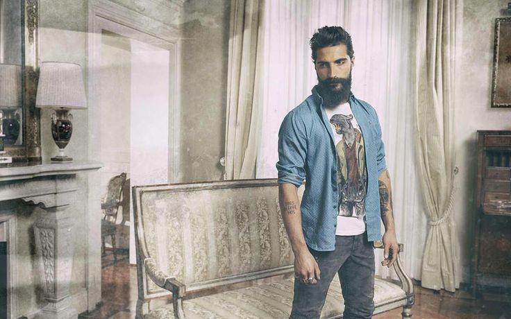 L'uomo #40weft con t-shirt stampata e un look che osa nei dettagli. #fashion #man