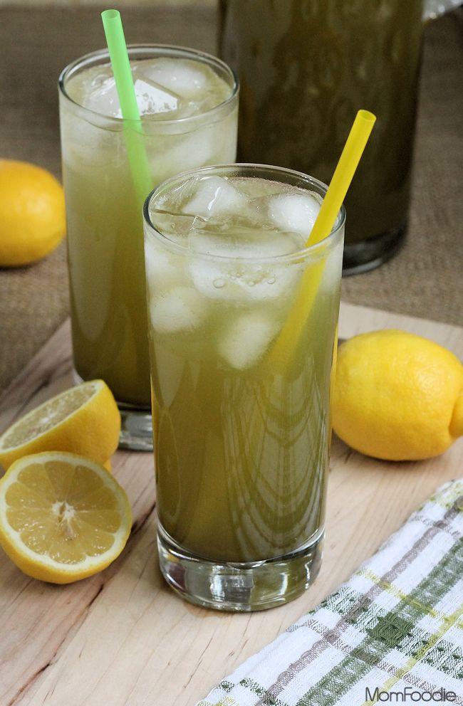 Matcha Green Tea Lemonade Recipe - Mom Foodie - Blommi