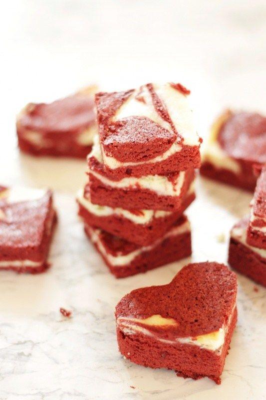 Red Velvet Cheesecake Brownies Rezept von Living on Cookies