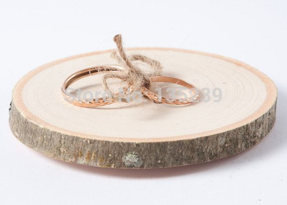 Rustieke ringkussen, Bruiloft hout slice, Rustieke ring box, Bruiloft decoratie, Hout wedding decor, Ring kussen alternatief(China (Mainland))