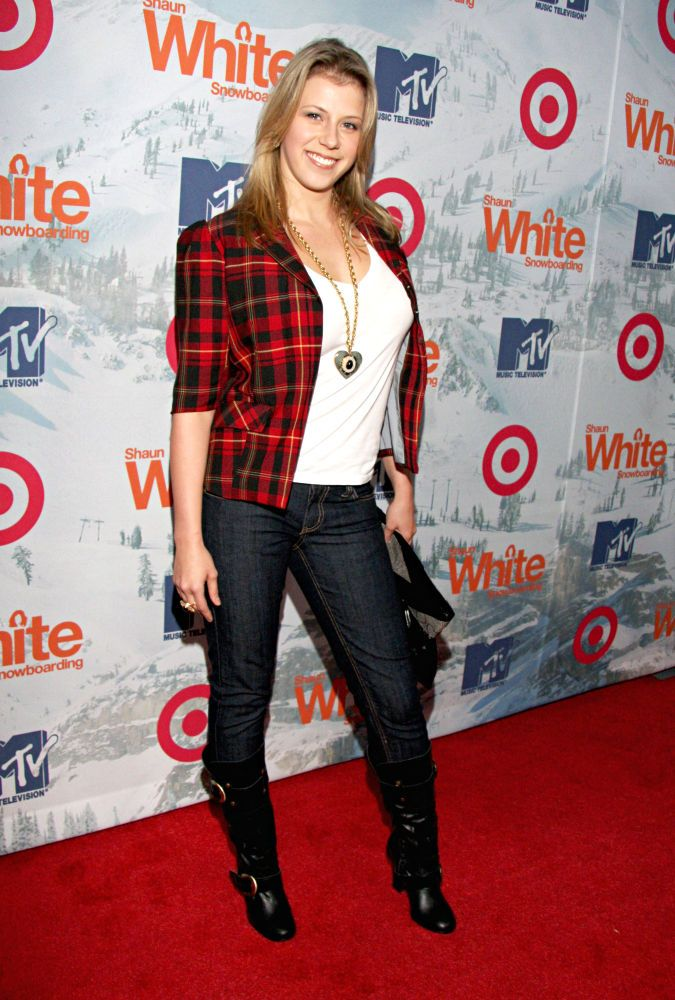 "Jodie sweetin: snorted meth olsen twins film premiere, ""life isn't like a full house episode,"" writes jodie sweetin in her explosive memoir unsweetined (out november 3). Description from hdwalls.xyz. I searched for this on bing.com/images"