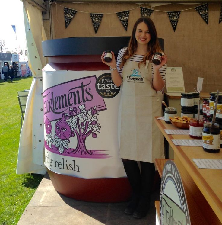 GIANT Tracklements Sticky Fig Relish Jar!
