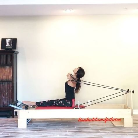 A R C H • Curl Arm sequence on the Reformer. Amazing on the spine,  shoulders,