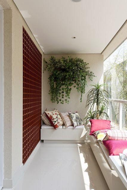 Ya está aquí el buen tiempo, momento perfecto para recuperar tu balcón.