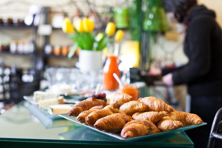 (chocolate) croissants | photocredit: tony gigov | http://www.diefruehstueckerinnen.at