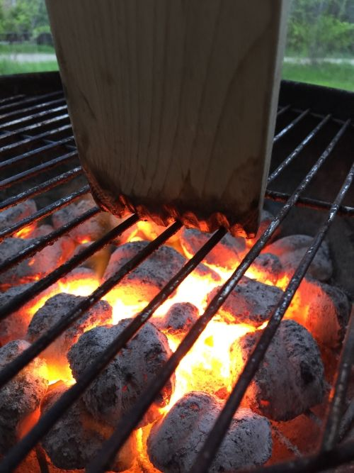 Custom fits to each and every grill for the perfect clean each time! Get your groove on!