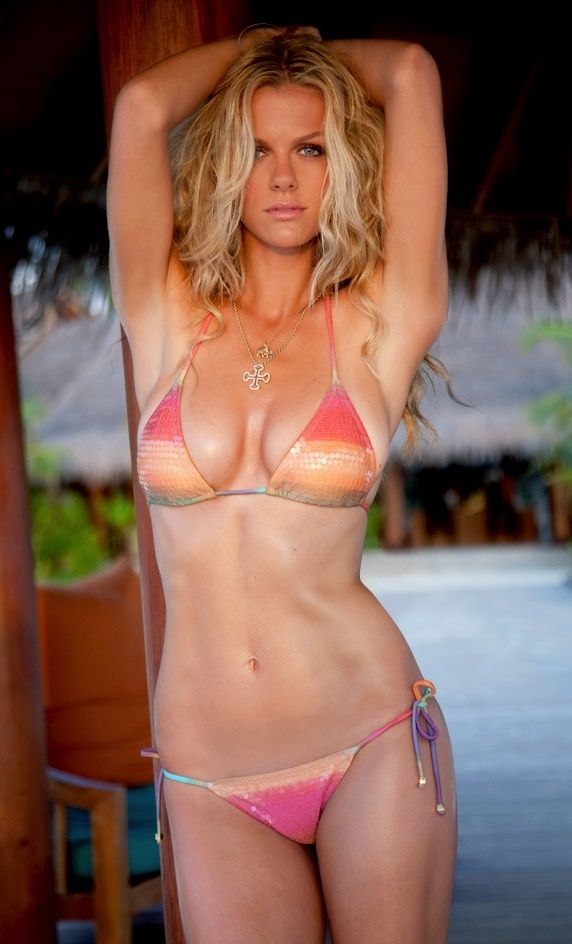 In 2005, within two months of relocating to the Big Apple, Brooklyn Decker was asked to audition for the prestigious Sports Illustrated Swimsuit Issue. Description from wags4view.blogspot.com. I searched for this on bing.com/images