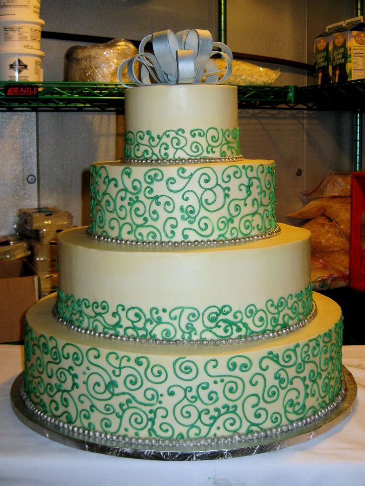 St. Patricks Day Wedding Cake | DeBord | Flickr