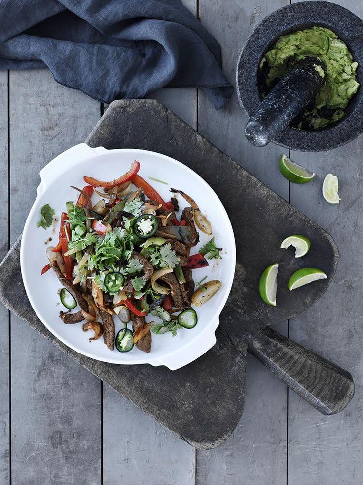 simple fajitas, lige til at lave på grillen. Nyd dem med avocado og tortillas.