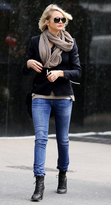 Bohemian celebrities fashion styles 2012; Cameron Diaz in NYC, boots and slim jeans