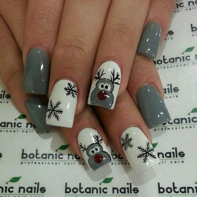 Grey Reindeer Christmas nails