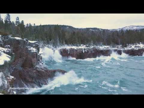 Watch Christmas Day waves batter Lake Superior's north shore