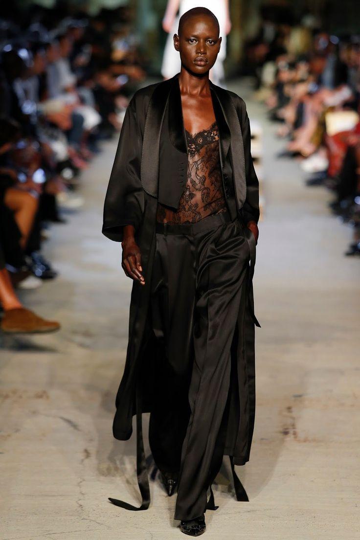 Dayse Lucidi Delightful les 26 meilleures images du tableau black elegance sur pinterest