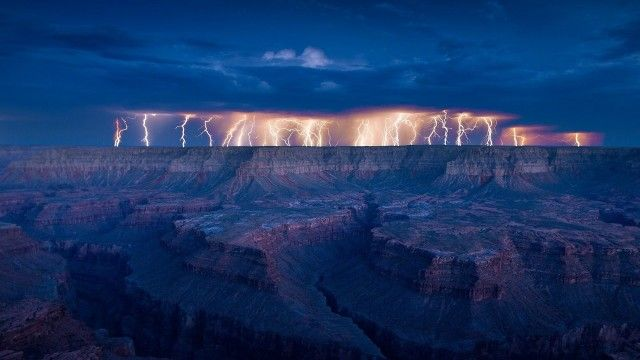 Amazing Lightning Storm Pictures