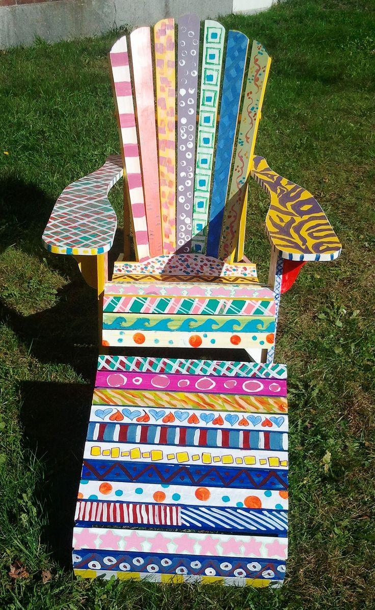 Adirondack Chair painted by Freshman Foundations Art Class | Flickr: Intercambio de fotos