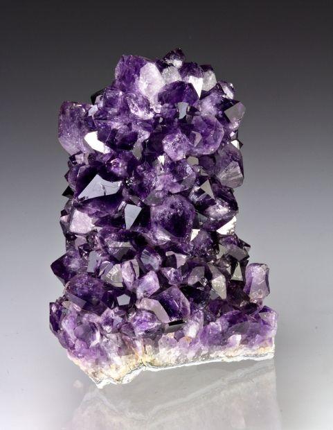 mineralia:  Amethyst from Brazil by Dan Weinrich