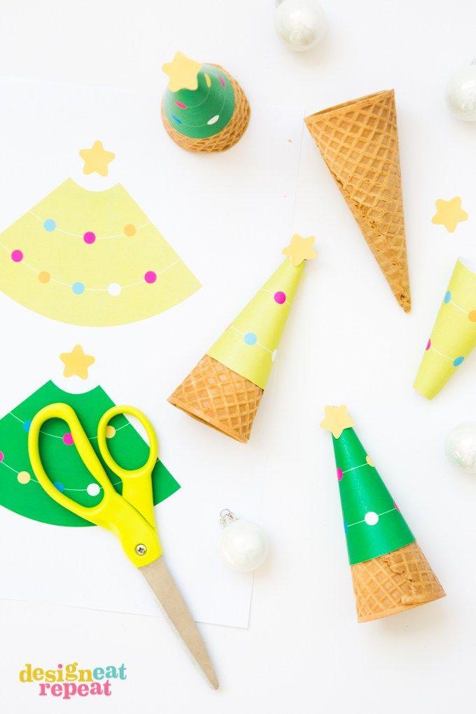 誰があなたがクリスマスにアイスクリームを提供することができないと言います! これらの無料印刷可能なクリスマスツリーのアイスクリームコーンラッパーであなたの休日のデザートテーブルをドレスアップ!
