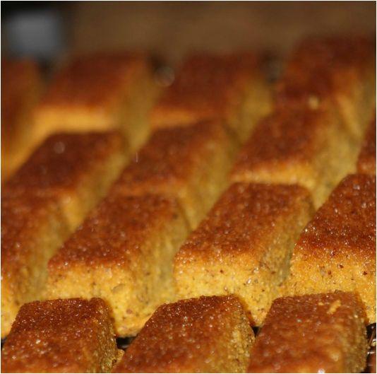 Cornbread in Perfect Petites pan