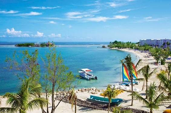 Montego Bay Hotels - RIU - Montego Bay Jamaica Hotel Resorts, Accommodations