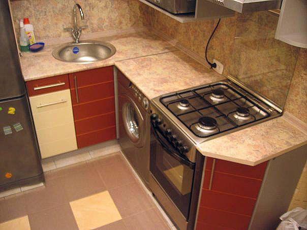 кухня в хрущевке с газовой колонкой дизайн