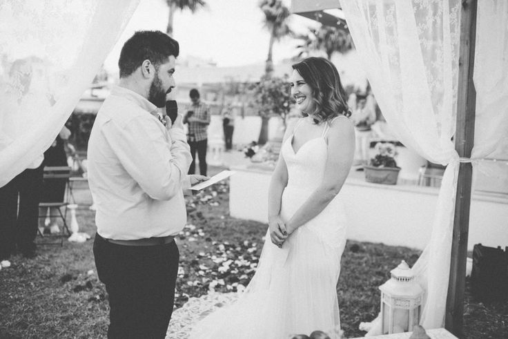 Intimate beach wedding in hotel | Crete for Love