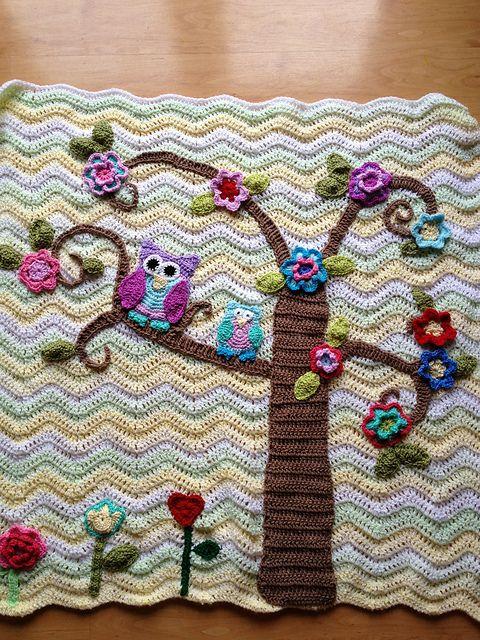Crochet Nursery Owls Ripple Blanket with Free Pattern