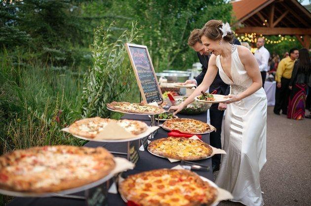 36 Simple Wedding Ideas That Really Inspire Chicwedd Pizza Wedding Wedding Food Reception Food