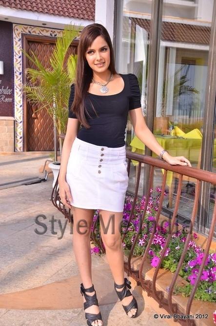 Shahzahn Padamsee in short white skirt for her latest photo shoot http://shar.es/rMxW5 via @sharethis
