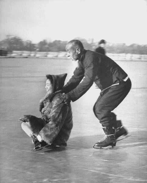 Elderly Chinese people ice skating