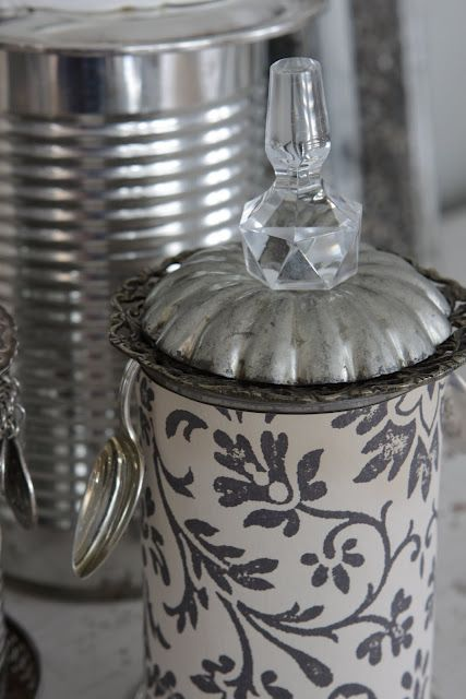 tin can recycling like you've never seen... gorgeous!