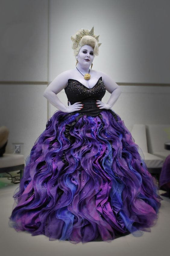 Arielle's Ursula Kostüm selber machen | Kostüm Idee zu Karneval, Halloween & Fasching