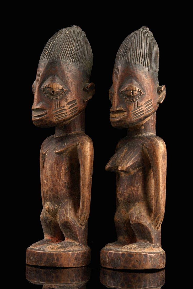 Africa | Standing pair of twin figures