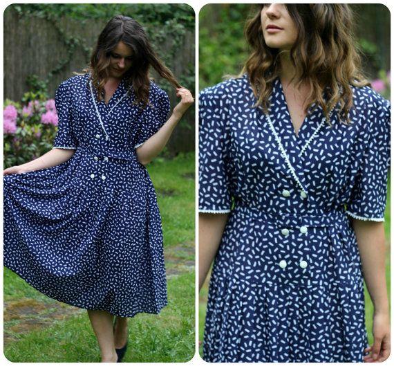 Schoolgirl style elegant and chic navy blue dress by VintagEraShop