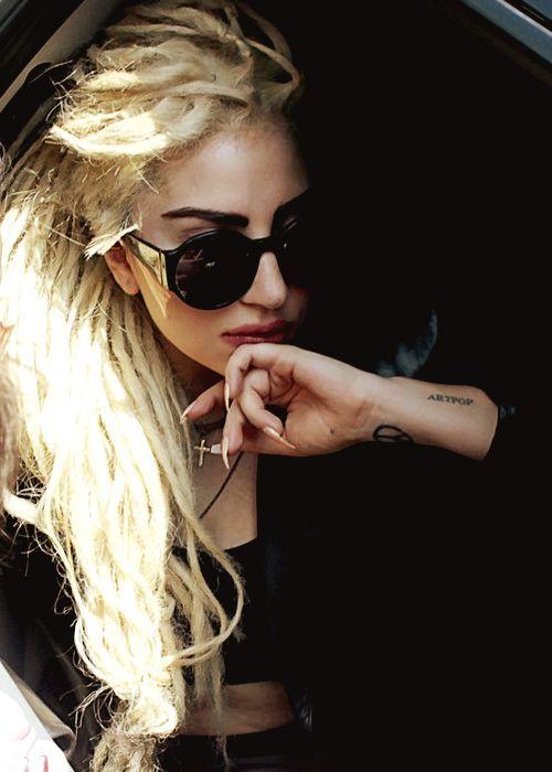 Lady Gaga Blonde Dreadlocks - #Celebrity