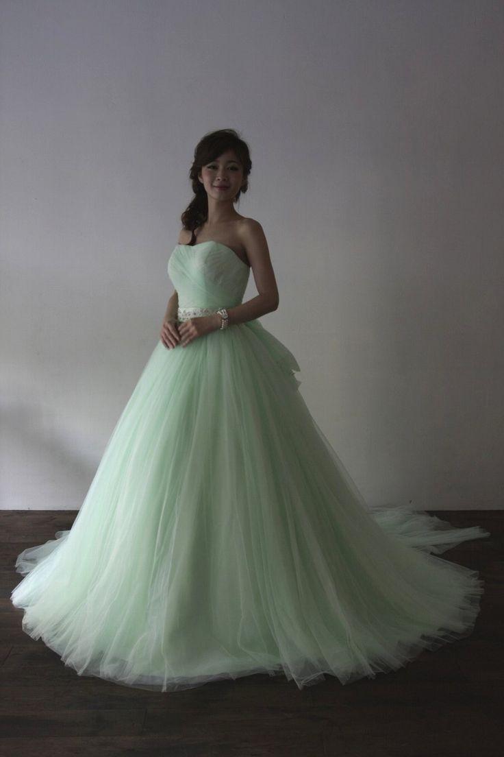 Apple Green(アップル グリーン) - 折り重ねたチュールのギャザーが魅力のドレス。長さの変更や、色変更も承ります。